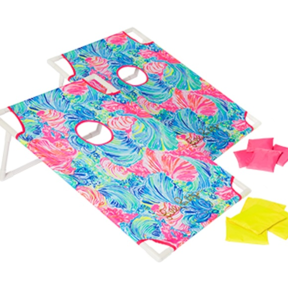 Lilly Pulitzer Other - GWP Lilly Pulitzer Beach Toss Set